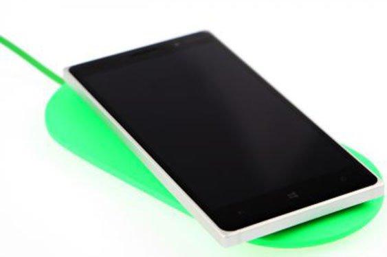01-nokia-lumia-830-unboxing-54.jpg